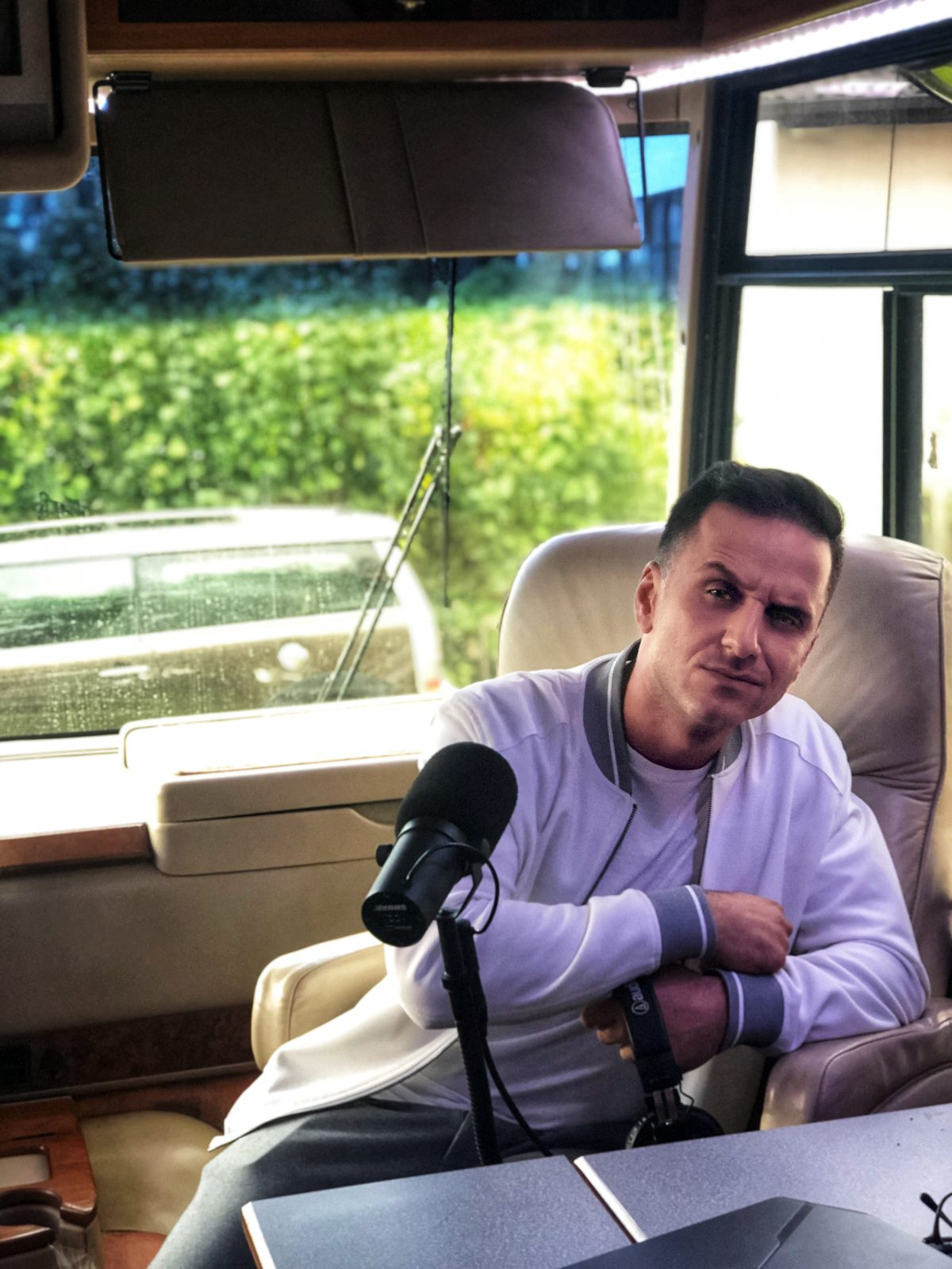 """#40 Özcan Cosar , """"Ich spiele Schach – manchmal über 80 Spiele am Tag"""""""